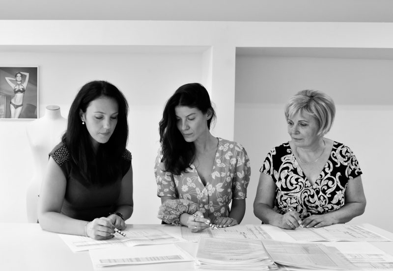 From left to right: Camelia - General Manager, Alexandra - Founder of Bordelle and Leontina - Technical Production Manager